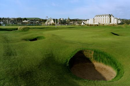 St Andrews Jubilee Links 18th